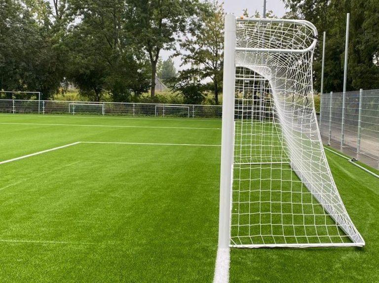 Montage voetbaldoel